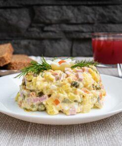 Булкаешька-салат-оливье