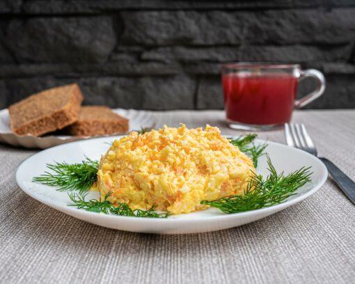 Булкаешька-салат-сырный